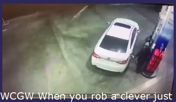 WCGW When you rob a smart one